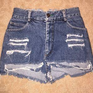 """Distressed Bongo """"Mom"""" shorts"""